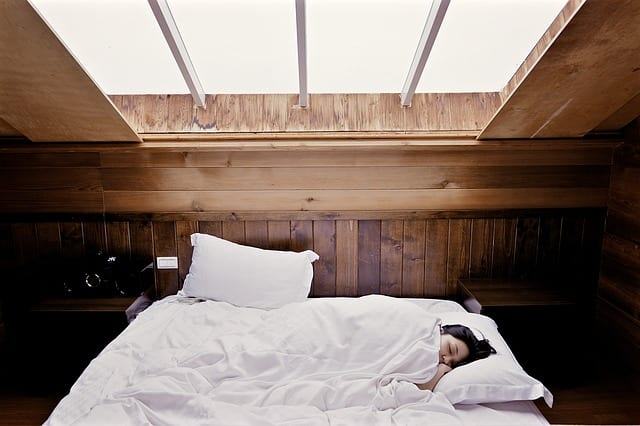 sov bedre med en regulerbar seng